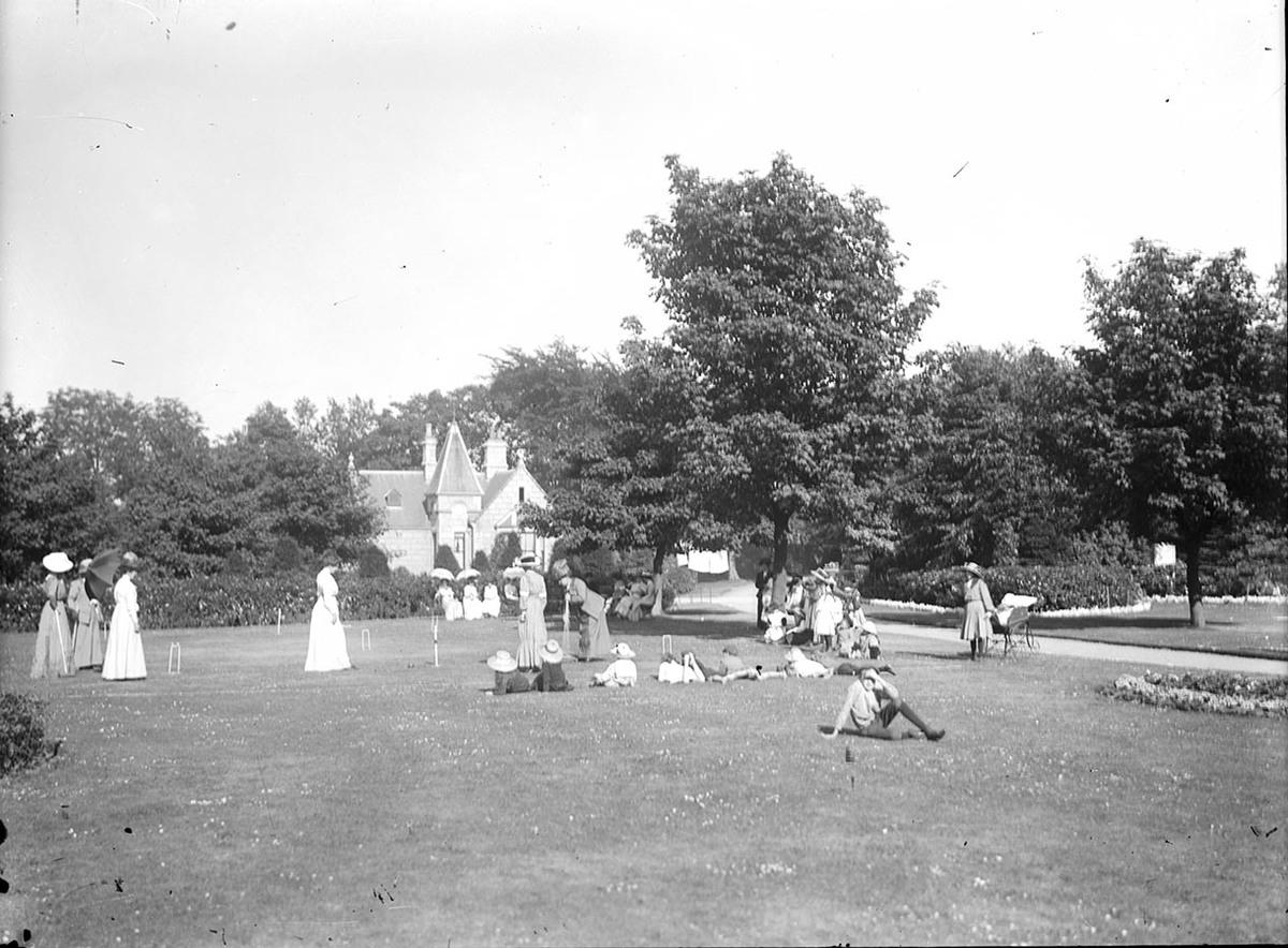 Croquet Match, Duthie Park, Aberdeen